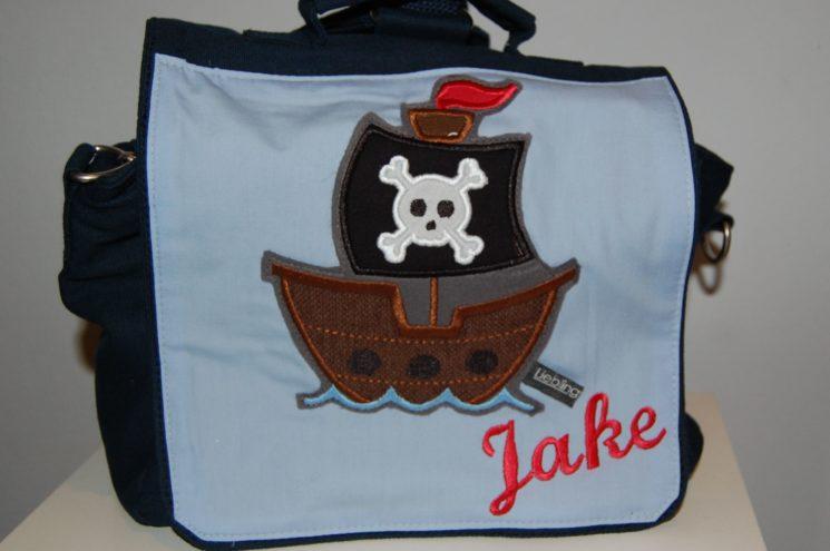Kindergartentasche mit Piratenschiff und Namen