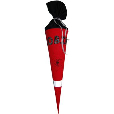 Schultüte Spider mit Namen in rot und schwarz Lieblingsstücke