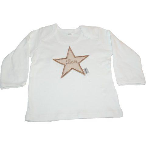Langarmshirt mit Namen und Stern von Lieblingsstücke