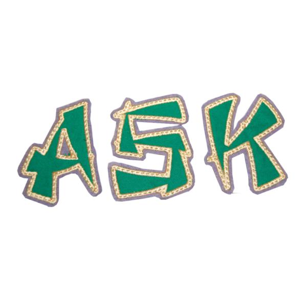 Ninja Buchstaben aus grün gold von Lieblingsstücke 4330
