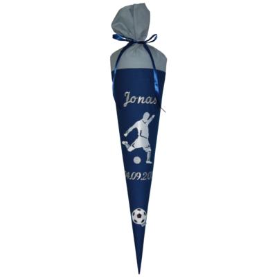 Fußball Schultüte mit Naman und Datum in blau und grau von Lieblingsstücke