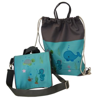 Kita-Tasche und Turnbeutel mit Seepferdchen, Schuldkröte und Wal.